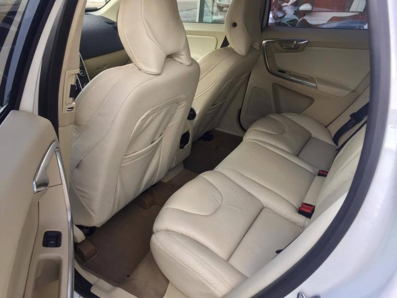 VOLVO XC60 DYNAMIC T5 Drive-E FWD 2.0 TB