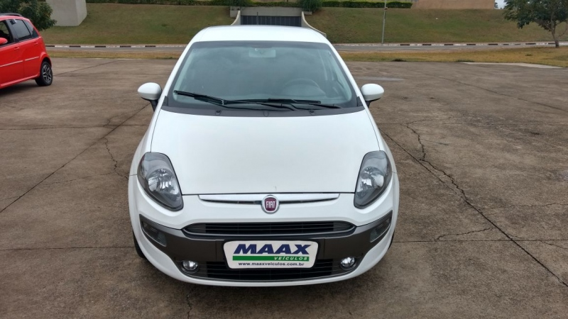FIAT PUNTO 1.8 SPORTING 16V FLEX 4P MANUAL