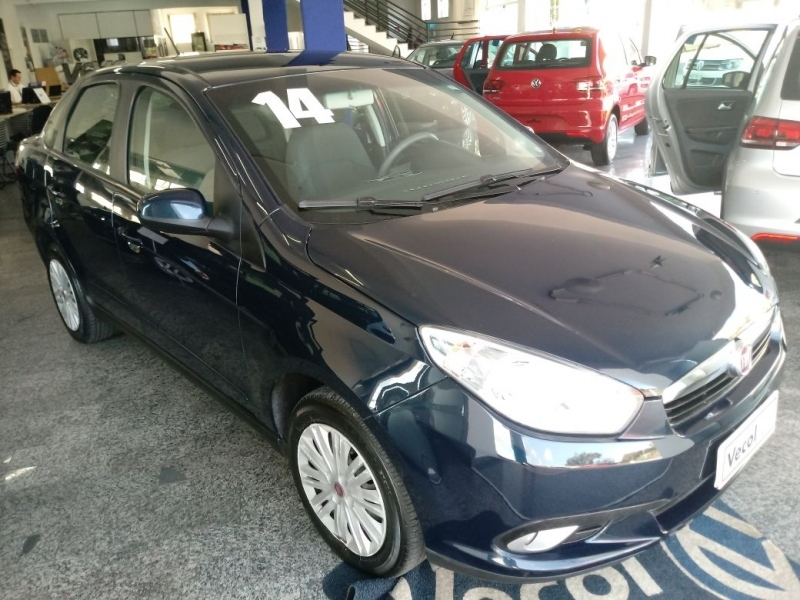 FIAT GRAND SIENA 1.4 MPI ATTRACTIVE 8V FLEX 4P MANUAL