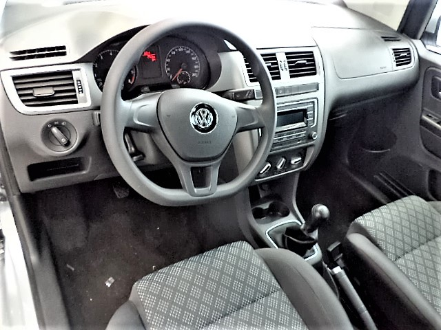 VOLKSWAGEN FOX 1.0 MI TRENDLINE 8V FLEX 4P MANUAL