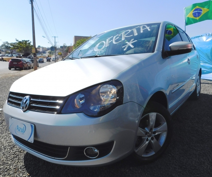 POLO SEDAN1.6 MI COMFORTLINE 8V FLEX 4P MANUAL