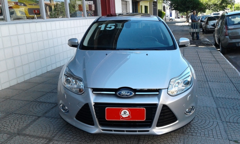 New Focus Sedan Titanium 2.0 16v(flexone)(psh)