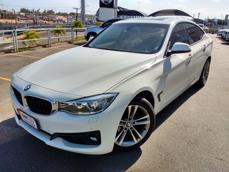 BMW 320I 2.0 GT SPORT 16V TURBO GASOLINA 4P AUTOMATICO