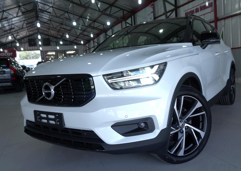 Xc40 2.0 T5 Gasolina R-design Awd Geartronic